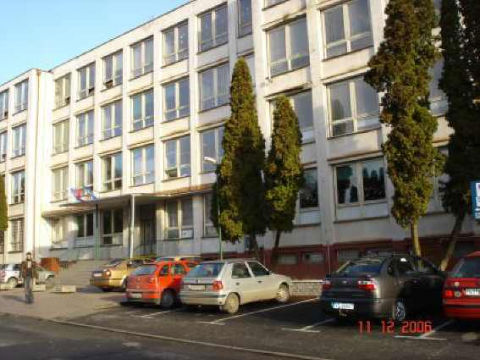 Business-Academy-Secondary-School-in-Slovakia-1