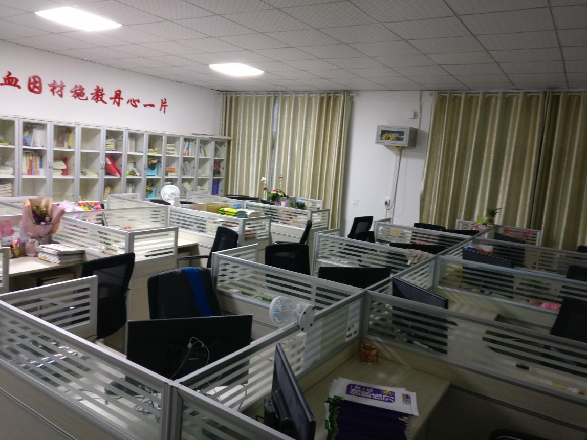 Jiujiang-No11-Middle-School-in-China6