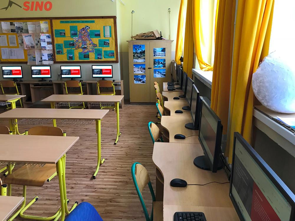 Viestova-Myjava-Elementary-School-in-Slovakia-4