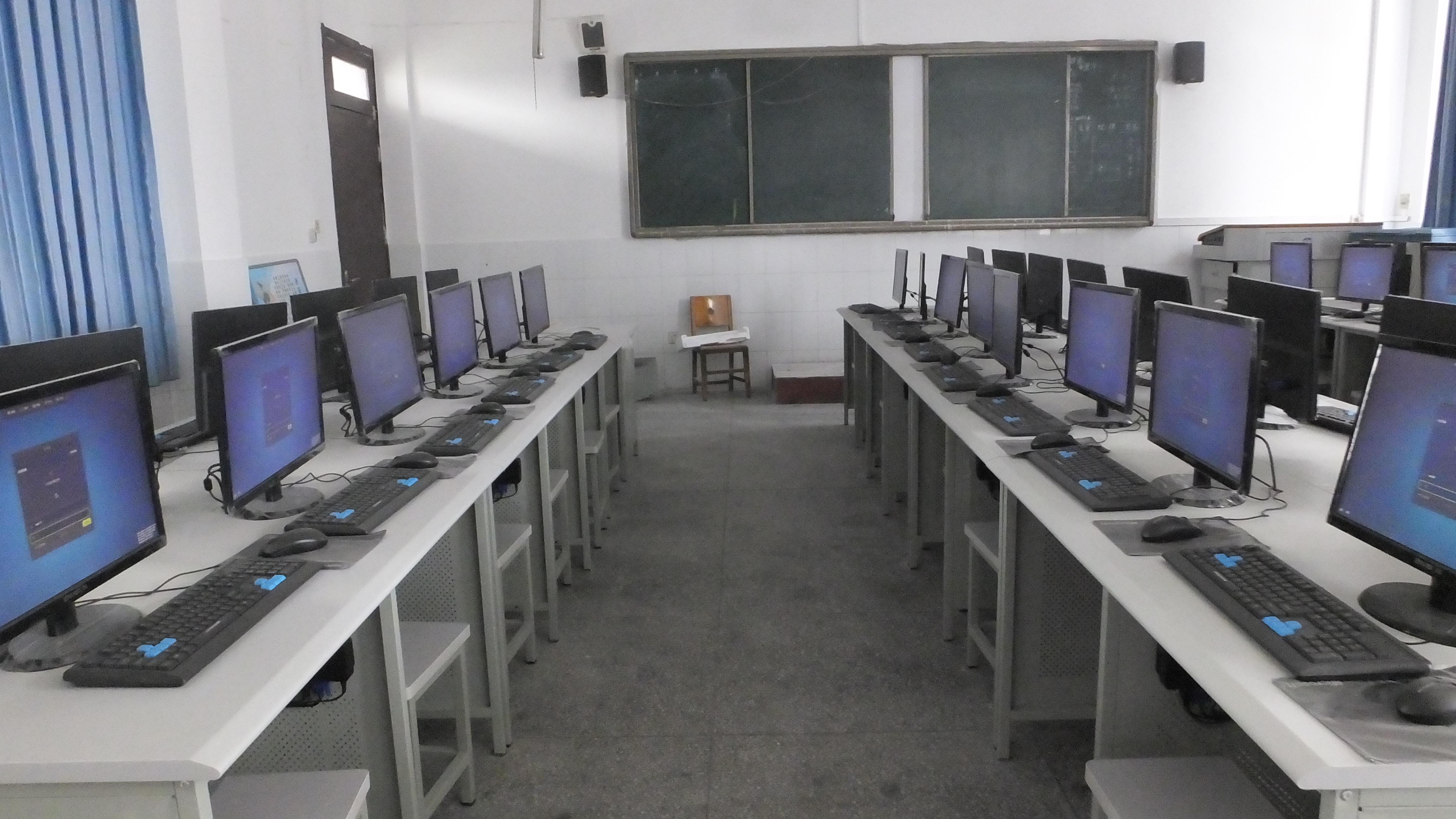 Xiangyangshi-NO34-Middle-School-3